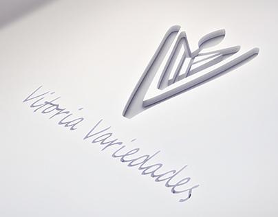 """Trabalho de Identidade visual """"Vitoria Variedades""""."""