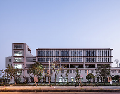 NYMCTU Tainan Campus/ C.M. Chao Architect+ Planners