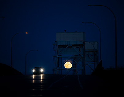 Buck Moon through South Park Bridge