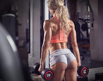 попки в фитнес шортиках фото