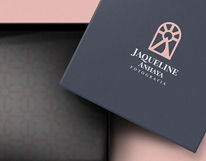 Jaqueline Anhaya - Identidade Visual.