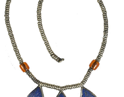 Ancient jewelry collection: beaded necklace