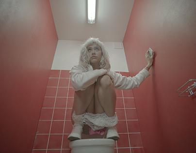 Poshlaya Molly - CTRL+Zzz (Music video)