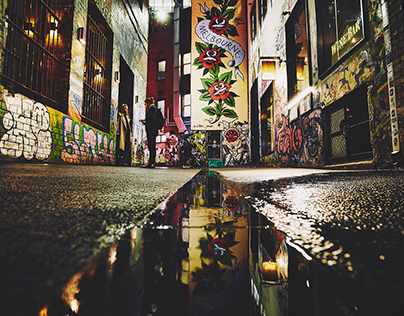 Melbourne (Laneways at night)
