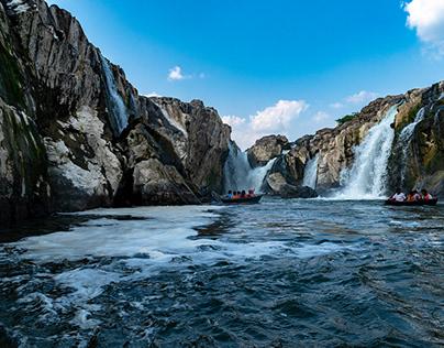 HOGENAKKAL WATERFALLS | TAMILNADU.