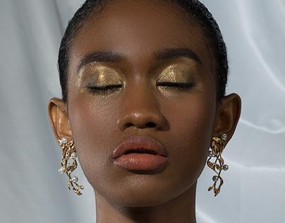 Fashion: Gold Black White