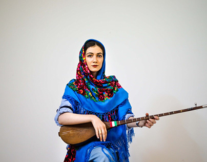 Iranian woman vocalist