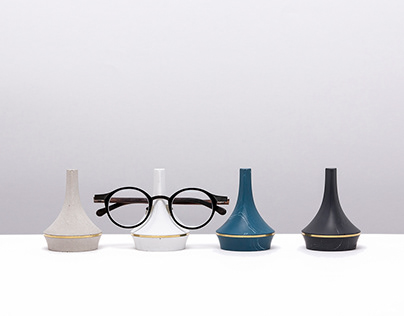 LEGGIERO | glasses stand