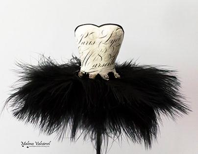 Black Swan - Paper Art