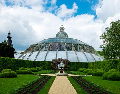 Bruxelles, le parc de Laeken et les Serres Royales