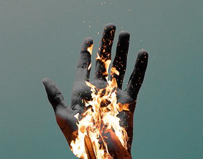 Burn fire Fire - Hand - Human