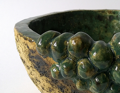 Ceramic grape bowl