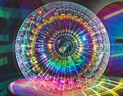 Personal Supernova. Reflective kinetic installation.