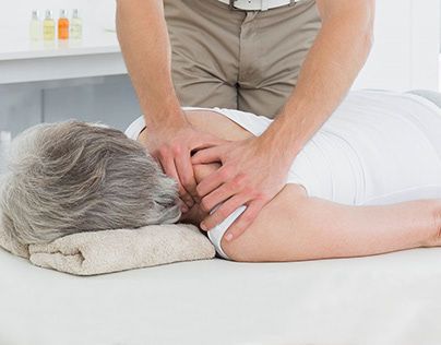 Byron Bay Chiropractor Helps in Treating Back Pain