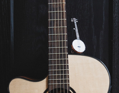 Paper banjo