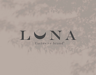 "Corporate identity of an exclusive ""Luna"" store"