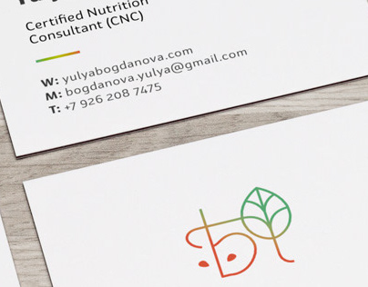 Nutritionist: personal logo, business card and website