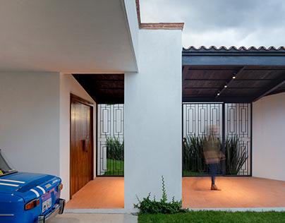 Casa La Escondida / Neorestauro Estudio
