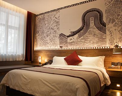Seasons Villa Hotel Branding Design
