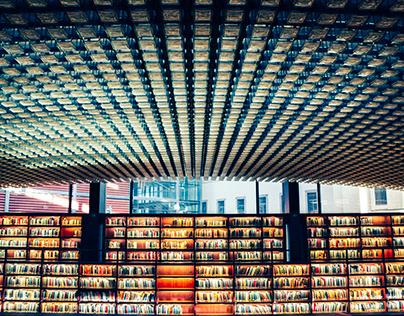 Biblioteca Reina Sofía