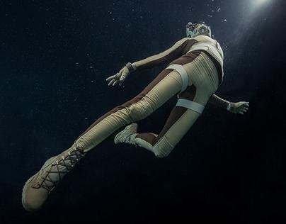 Underwater Cosplay - Spacesuit with Jessica Dru