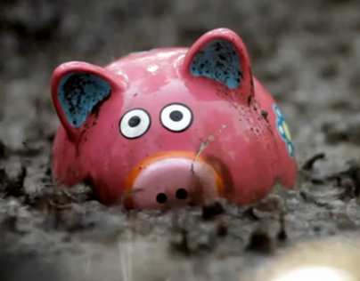 Xoom - Save the Pigs