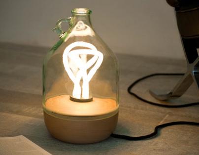 Dama Table Lamp (produced by Lucirmás)