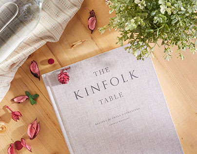 THE KINFOLK TABLLE