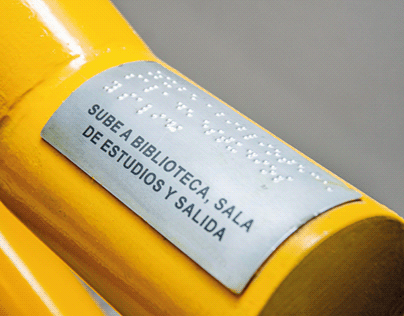 Señalética braille - FAMAF