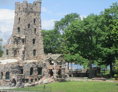 Castle's on 1000 Islands, US