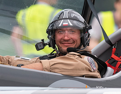 XtremeAir XA-41 pilot Artur Kielak