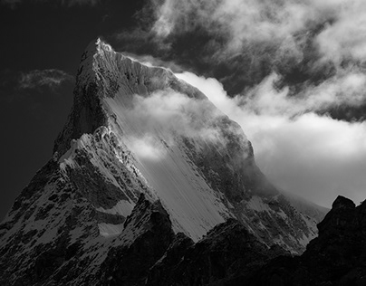 B&W Mountain of Peru