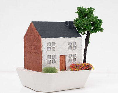 Miniature Victorian Houses and Cottages
