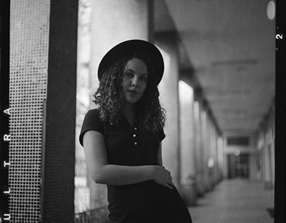 Julia Zanatta ●2020-08●