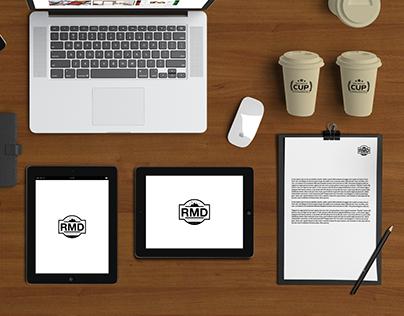 FREE   DESKTOP AND DIGITAL PUBLISHING - MOCKUP