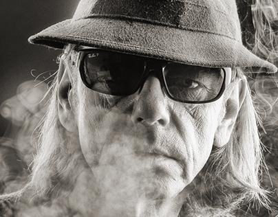Udo on Smoke