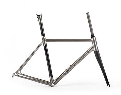 Wittson titanium frame with carbon seattube 239
