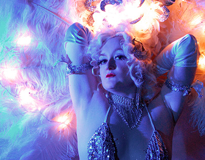 Portraits: Diva Hollywood Burlesque & Cabaret Performer