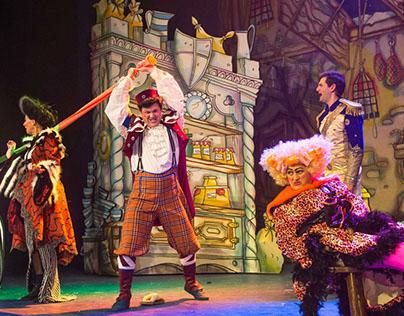 Cinderella / Queen's Theatre London