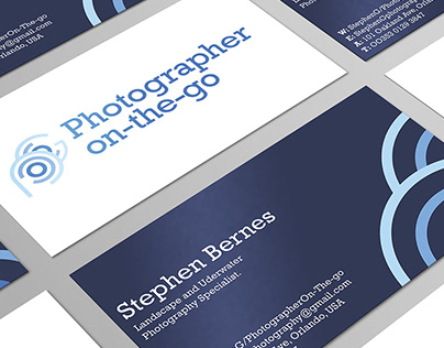 Photographer on-the-go. Logo and branding project.