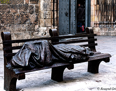 Jesus Homeless sculpture - Barcelona