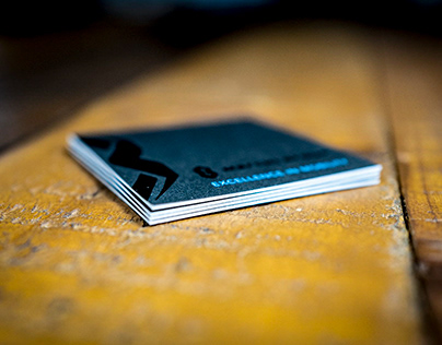 Visitenkarten mit schwarzer Heißfolie