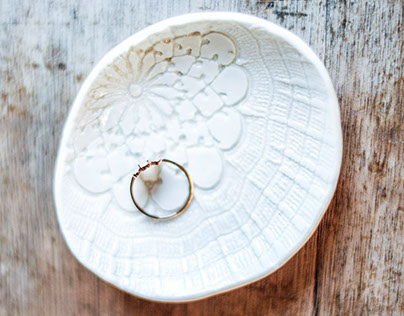Vintage lace porcelain jewellery dishes