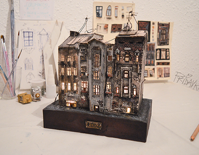 "Miniature house ""LODZ"" + behind the scene"