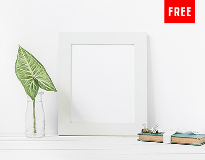 3 Free Minimalist Print Mockups