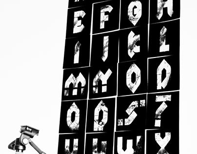 Author's Alphabet Riwer Bold