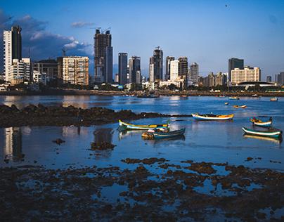 view of Mumbai at haji-ali dargha