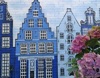 Delftsblauwe tuinmuur met stencils