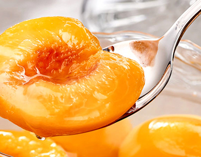 Food Photography - Peaches in Syrup
