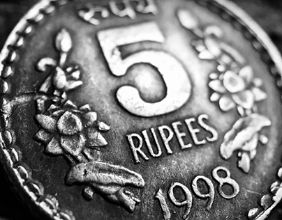 Indian 5 rupees coin